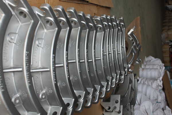Stainless Steel Castings vs Steel Castings